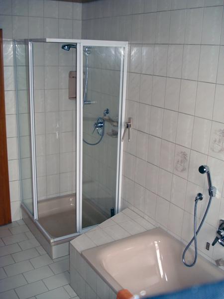 Badewanne Mit Dusche Komplett : Ferienwohnung Obernoeder – Langenaltheim :: Ferienwohnung